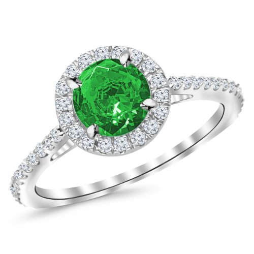 0.5 Ct Emerald Ring - 7