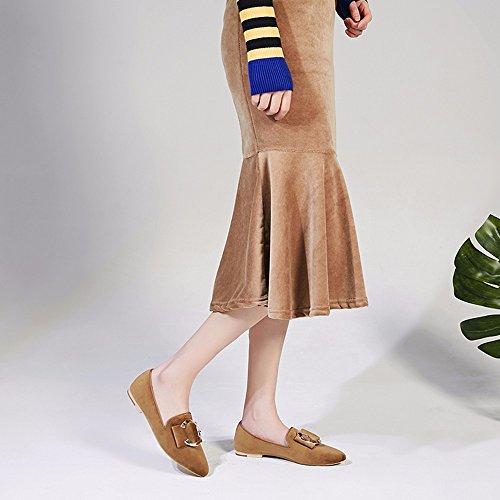 Fondo plano Zapatos Zapatos femeninos Wind-Tipped británica Scoop y grandes patios de guisantes y frijoles zapatos Beige