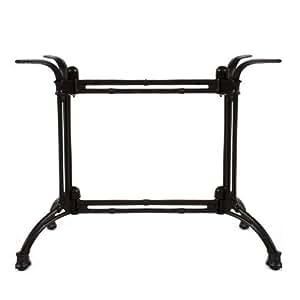 Dos säuliges mesa estructura de hierro fundido, polvo de color negro.