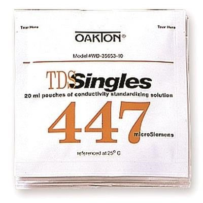OAKTON Conductivity and TDS 447µ Calibration Single-Use Pouch Solution, Box of 20