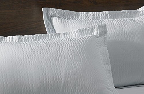 courtyard-by-marriott-hotel-rippled-pillow-sham-king