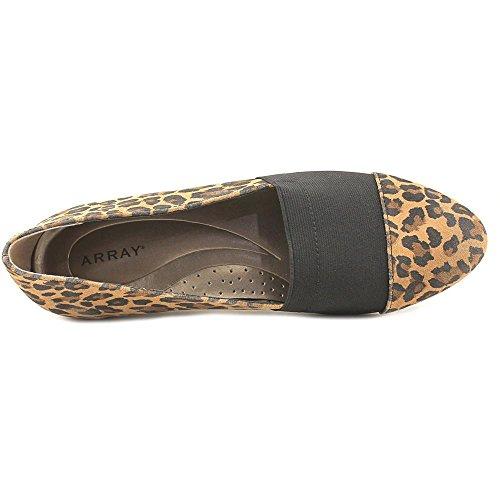 Le Donne Dellarray Kai Scivolano Sul Leopardo