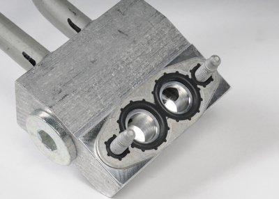 ACDelco 15808245 GM Original Equipment Engine Oil Cooler Hose Kit