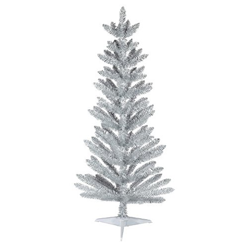 Slim Unlit Christmas Tree (4.5ft Unlit Slim Artificial Christmas Tree White/Silver Alberta - Wondershop)