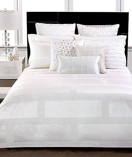Hotel Collection Frame White Queen Comforter