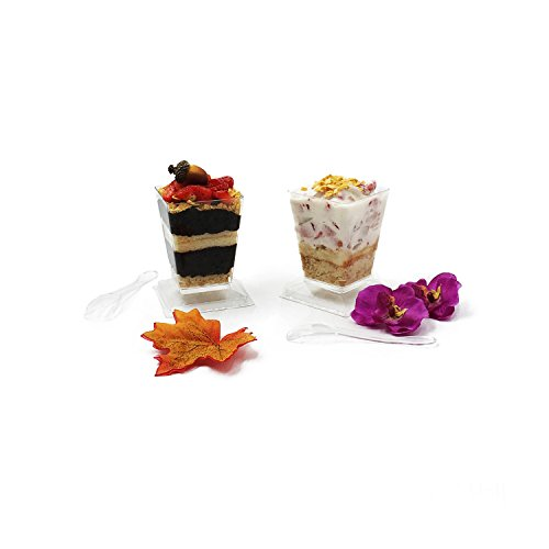 Premium 5.7 oz Super Clear Plastic Dessert Cups (50-Pack) with Mini Spoons and Stackable Secure Snap-On Lids by HallGems (50, 5.7 oz)