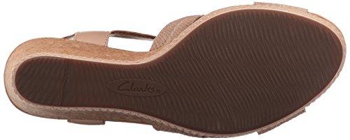 Clarks Des Femmes Des Sandales De Coin Latitude Hélio En Cuir Nude