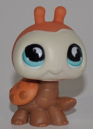 en (Brown/Peach, White Face, Blue Eyes) - Littlest Pet Shop (Retired) Collector Toy - LPS Collectible Replacement Single Figure - Loose (OOP Out of Package & Print) (Brown Ladybug)
