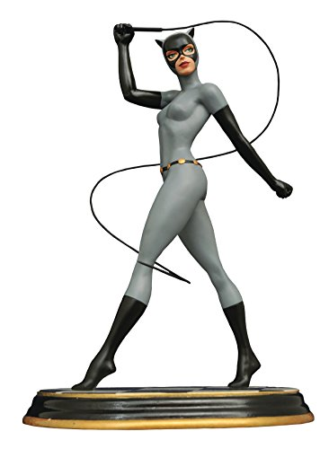 Batman The Animated Series Premier Collection Catwoman Resin Statue ()