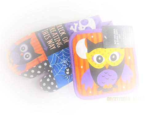 Wal-Mart Halloween Themed Pot Holder and Oven Mitt Set with Owl -