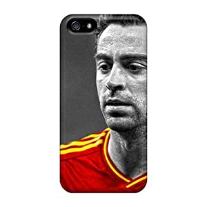 Ultra Slim Fit Hard GoldenArea Case Cover Specially Made For Iphone 5/5s- The Player Of Barcelona Xavi Hernandez Before The Game