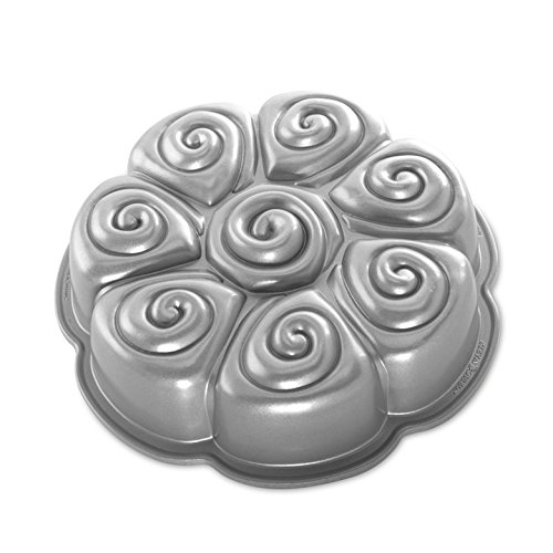 Nordic Ware Cinnamon Bun Pull-Aparts, Metallic
