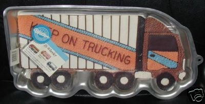 Wilton Cake Pan: 18 Wheeler Truck/Tractor Trailer/Moving Van (2105-0018, 1986)