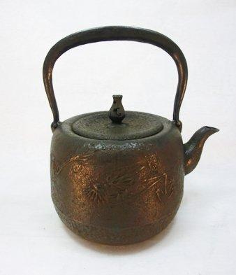 南部鉄器 鉄瓶 なつめ形竜紋 1.6L B01HCS5336