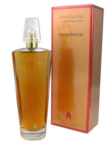 Phéromone par Marilyn Miglin pour les femmes. Eau De Parfum Vaporisateur 3.4 oz / 100 mL.