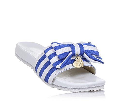 Monnalisa Weiße und Blaue Sandale mit Gestreiftem Muster und Gummi, auf der Vorderseite eine Dekorative Schleife, Mädchen