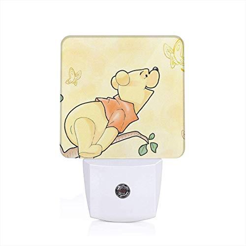 (Meirdre Plug in Night Light - De Winnie Pooh Warm White LED Nightlight with Automatic Dusk-to-Dawn Sensor)
