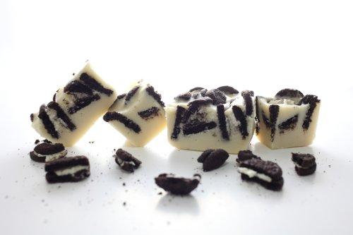 Oh Fudge - Cookies and Cream Fudge 1 Pound - The Oh Fudge Co. secret fudge recipe - rich, pure, creamy, and delicious cookies and cream fudge - compared to Mo's Fudge Factor