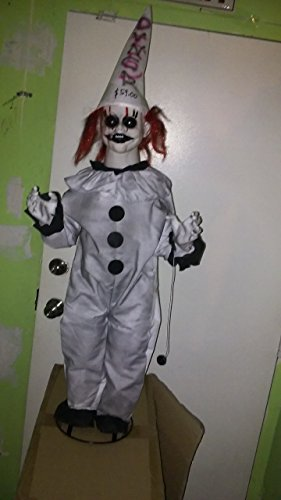 STANDING, ANIMATED CLOWN BOY. Lights up, moves, scary sayings. NEW. (Scary Sayings)