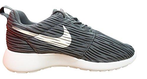 Nike Wmns Roshe One Eng, Zapatillas de Deporte Para Mujer Gris (Dark Grey / White)
