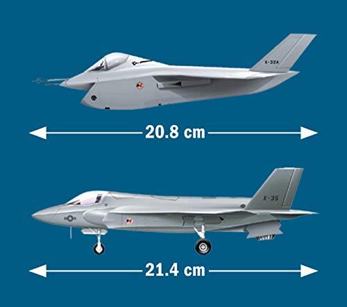 Flight Miniatures Lauda Air Boeing 767-300 1:200 Scale Old Livery REG#DE-LAU Display Model with Stand Genesis Worldwide