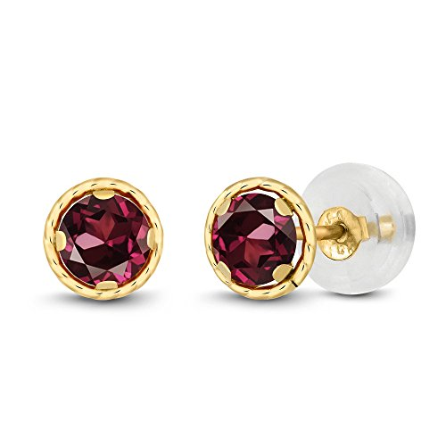 Gem Stone King 0.74 Ct Round 4mm Red Rhodolite Garnet 14K Yellow Gold Stud Earrings