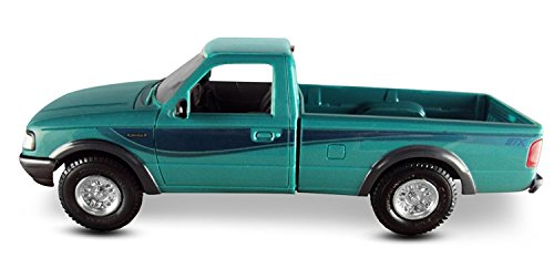 ERTL AMT 1994 Ford Ranger STX 4X4, 1:25 Scale, Bright Calypso Green. Plastic ERTL Promo Collectors Item.