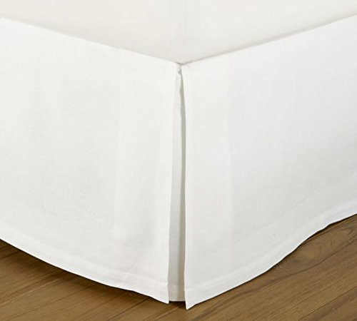 Cruiz Linen Italian Finish Egyptian Cotton Tailored Split Corner Bed Skirt with 20-inch Drop Length - Queen Size (60 x 80) Color White (Solid Style) Made from 550 Thread Count ()