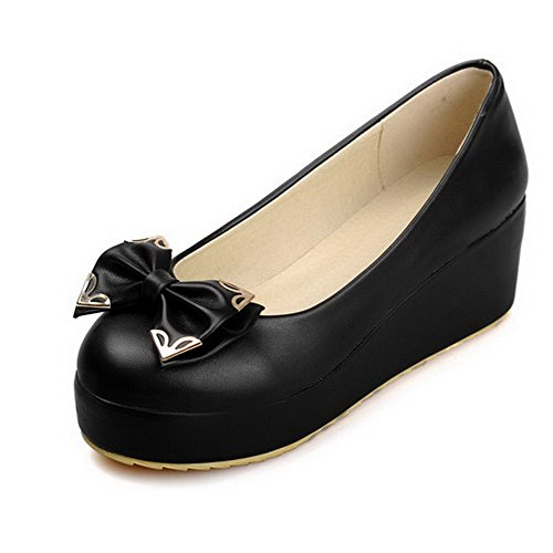 AllhqFashion Damen PU Leder Rein Ziehen auf Rund Zehe Mittler Absatz Pumps Schuhe Schwarz