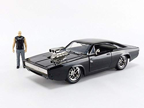 """JADA Toys Fast & Furious Dom & Dodge Charger R/T, 1: 24 Scale Black Die-Cast Car with 2.75"""" Die-Cast Figure"""