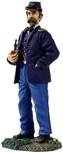 - W. Britain 31147 Federal Infantry Officer Standing Wearing Sack Coat with Pipe