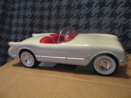 #8732 AMT/ Ertl 1953 Corvette, Polo White 1/25 Scale Plastic Promo Model Car, Fully Assembled (Promo Model Car)