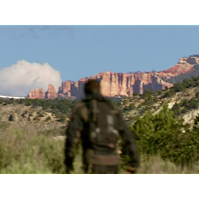 Bear Grylls in Red-Rock-Country