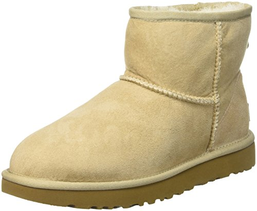UGG Women's Classic Mini II Winter Boot, Sand, 7 B US