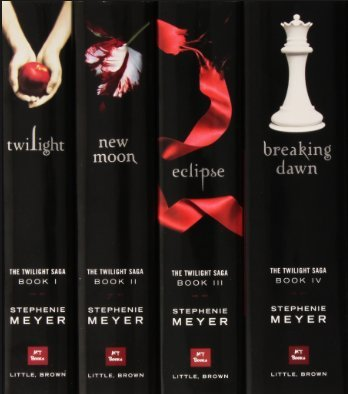(The Twilight Saga Complete 5 Book Paperback Collection: Twilight / New Moon / Eclipse / Breaking Dawn / Short Second Life of Bree Tanner)