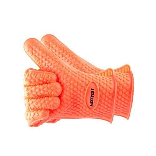 Silicone Gloves Heat Resistant Oven Mitt for Grilling, BBQ, Kitchen – Waterproof and Flexible - Safe Handling Hot Pots and Pans Cooking & Baking Non-Slip Potholders - Bonus Silicone Brush & Spatula