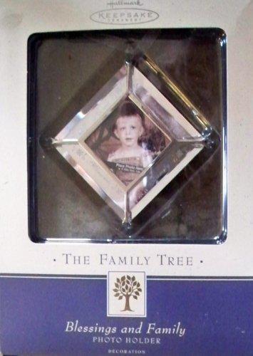 Family Tree Photo Holder (Hallmark Keepsake the Family Tree Blessings and Family Photo Holder)