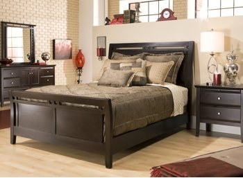 Newport Chocolate 4Pc King Bedroom SetAmazon com  Newport Chocolate 4Pc King Bedroom Set  Kitchen   Dining. Raymour And Flanigan Bedroom Sets. Home Design Ideas