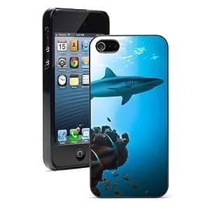 Apple iPhone 4 4S 4G Black 4B860 Hard Back Case Cover Color Underwater Ocean Shark