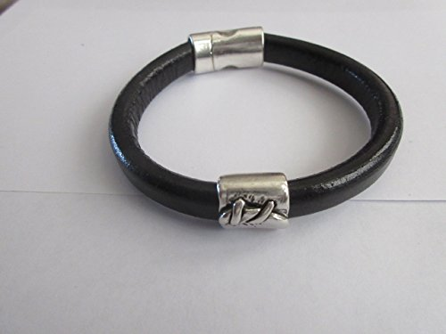 Handmade Bracelet: Licorice Black Leather with Magnetic Clasp - Black Licorice Leather Bracelet