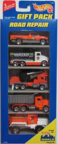 Hot Wheels Road Repair Gift Pack 5 car set 1:64 Scale