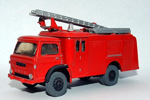 Langley Models Ford D-HCB Angus Fire Engine 1967 OO Scale UNPAINTED Kit G150