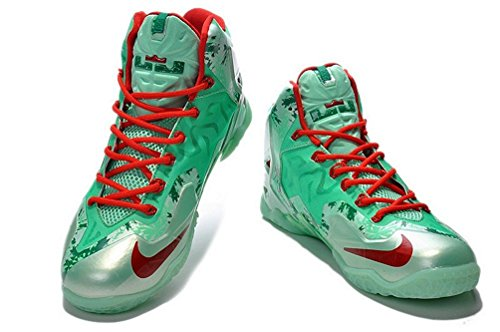 Nike Lebron mens (USA 8.5) (UK 7.5) (EU 42)