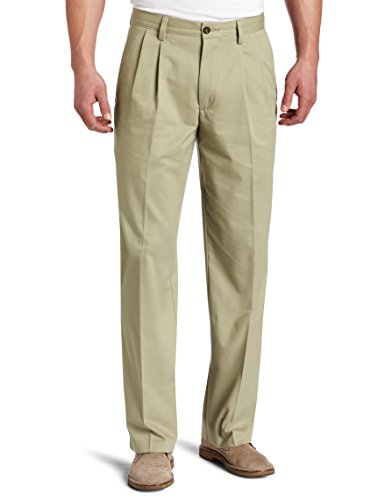 Dockers Men's Easy Khaki D3 Classic-Fit Pleated Pant, British Khaki, 34W x 30L