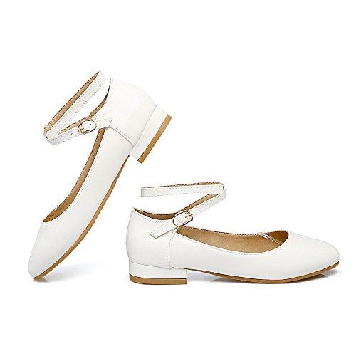White Low Microfiber Heels Round Court Women's Shoes Buckle Odomolor Toe TqEzxg