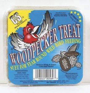 C & S Products Woodpecker Treat Beef Suet,Corn,Oats,Peanuts,Pecans 11 Oz ()