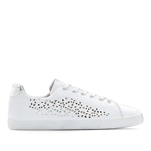 Castaluna Frau Perforierte Sneakers fur Breite Fusse 3845 Gre 40 Weiss