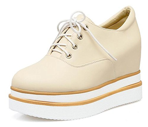 Showhow Womens Elegante Punta Rotonda Lace Up Low Top Allinterno Di Alta Piattaforma Con Zeppa Moda Sneakers Beige 1