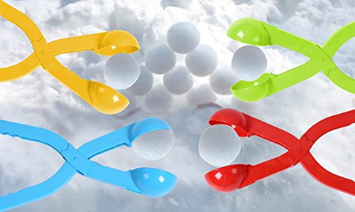 6MILES Plastic Snowball Maker Fun for Kids Play Outdoor Sno-baller Ice Mold Tool Toys (Random Color, 4pcs)