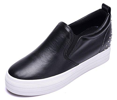 Idifu Damesschoenen Hoog Platform Bezaaid Verhogen Slip Op Pu Fashion Sneakers Zwart